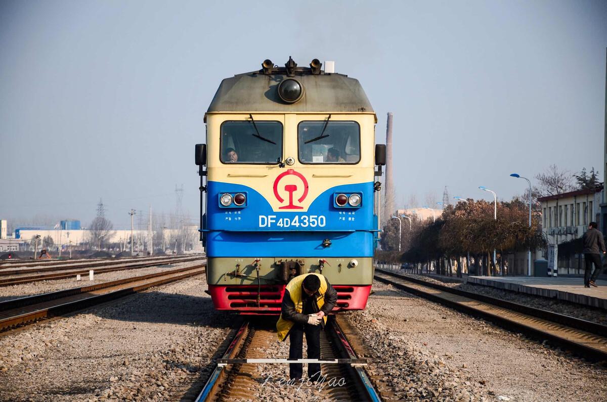 中国铁路车���d_最风骚的中国铁路内燃机车