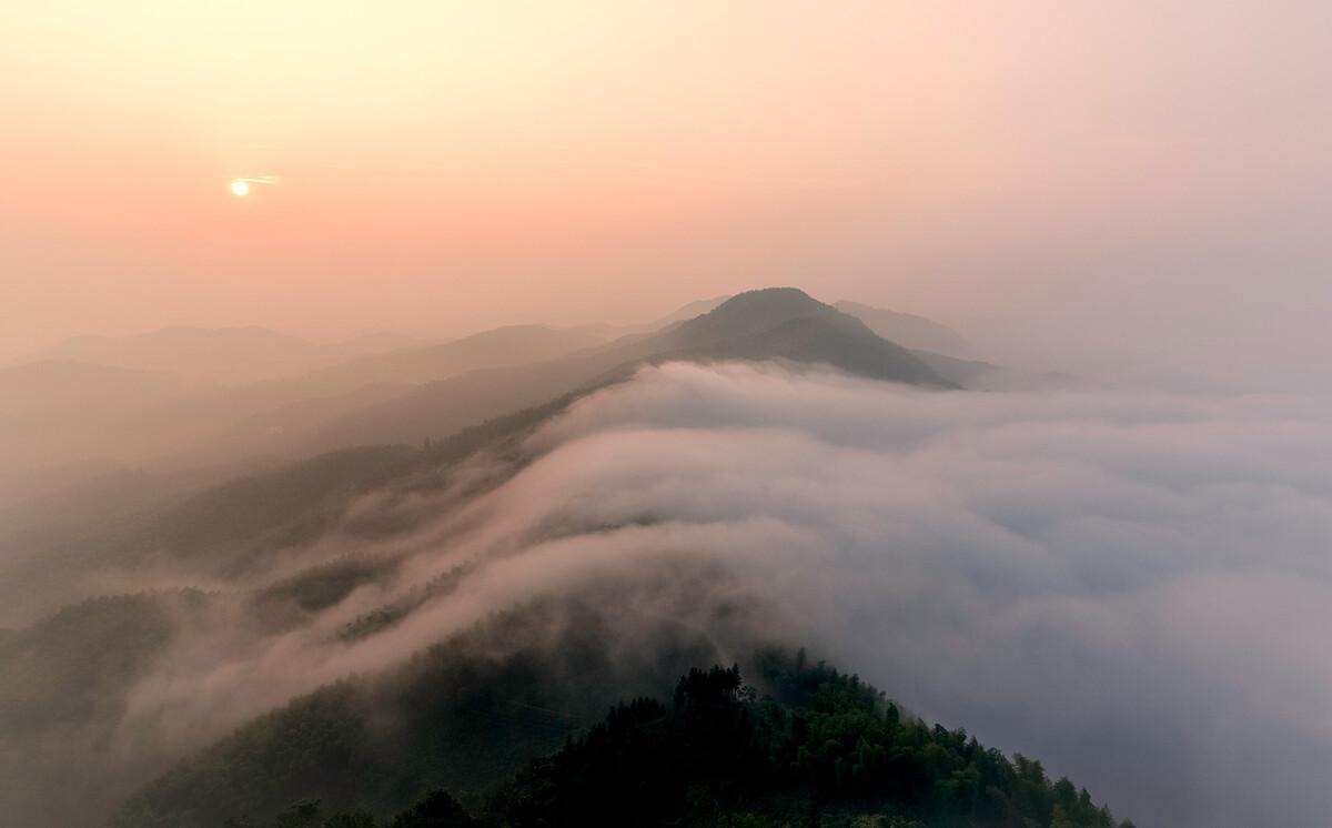 霍山�������y�#y��y��_安徽六安霍山的瀑布云与我而言是生平首见!