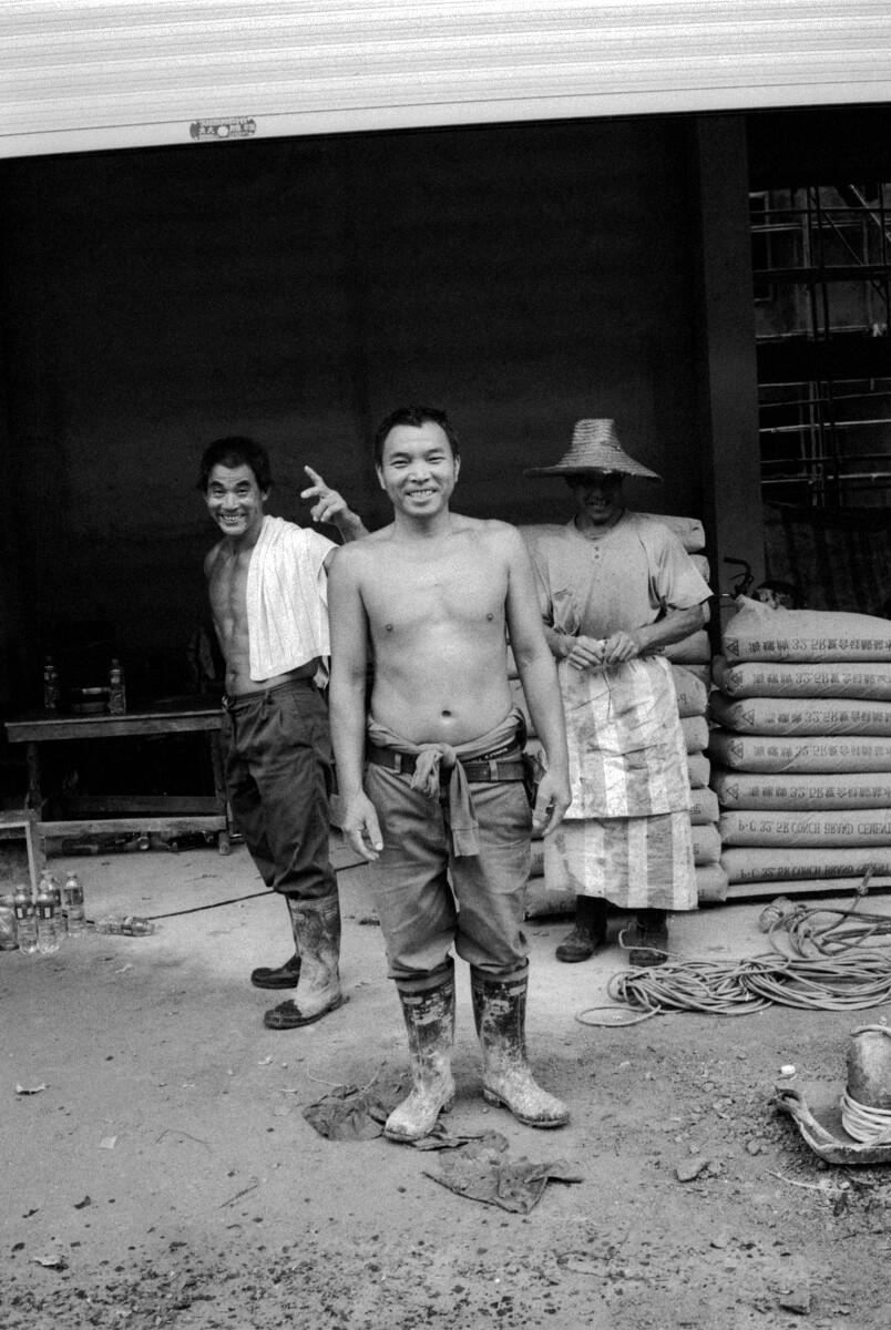 三个四川籍的建筑工人