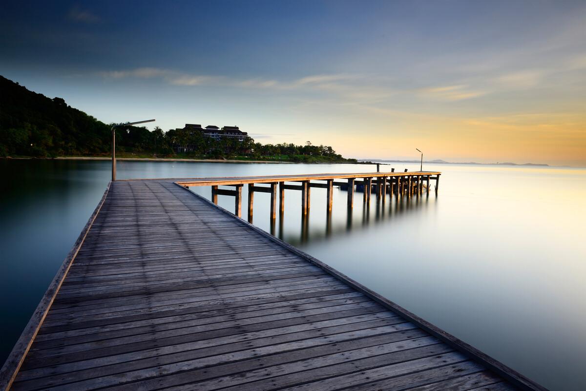 海水 海边别墅 天空 黄昏 夜色 宁静 自然风景 图片大全 高清图片下载