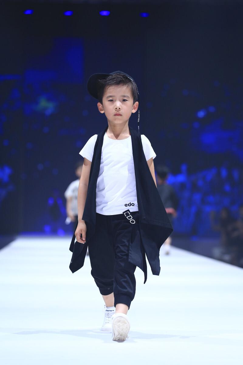 2108西安国际儿童模特大赛图片