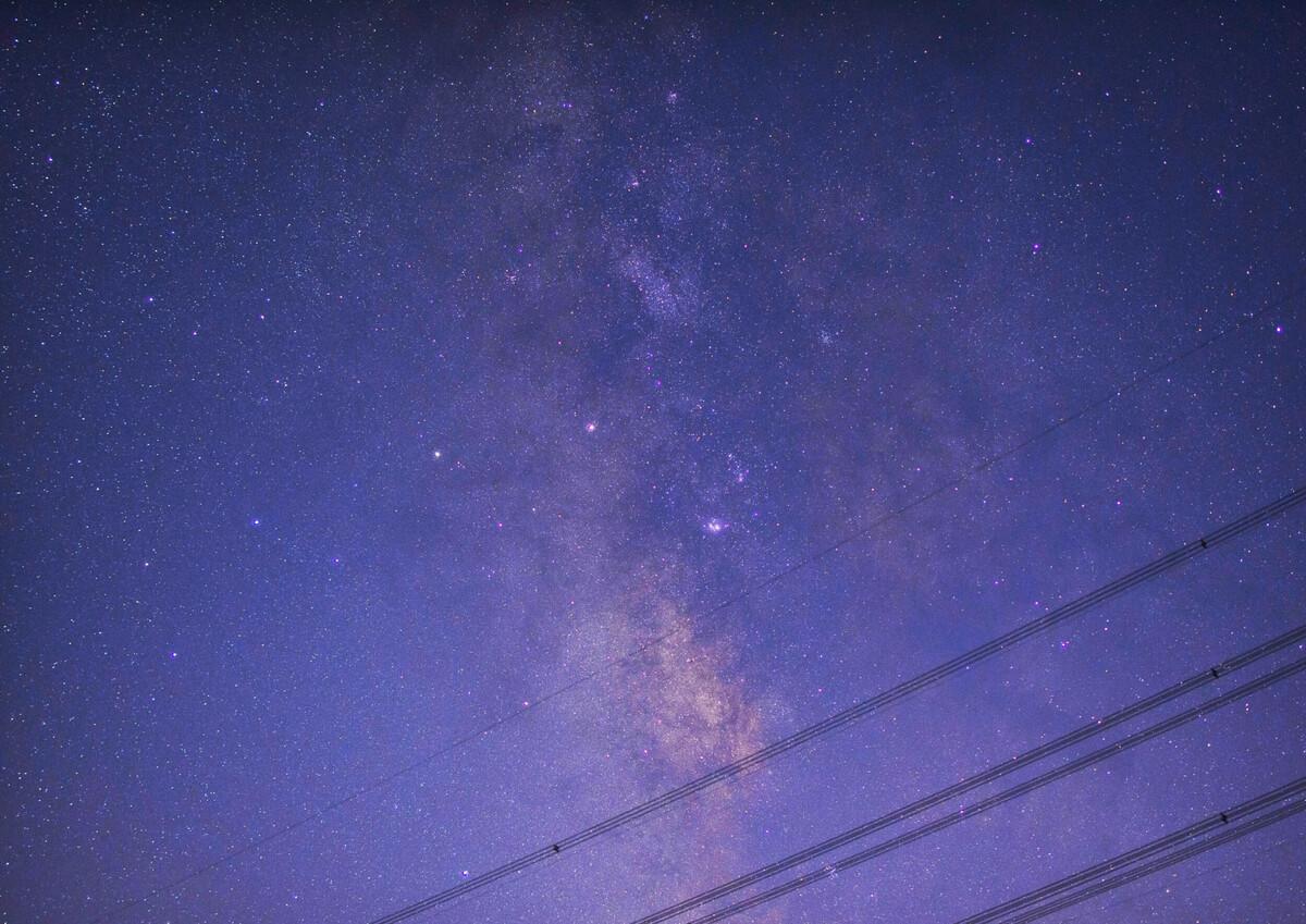 光年之外图片