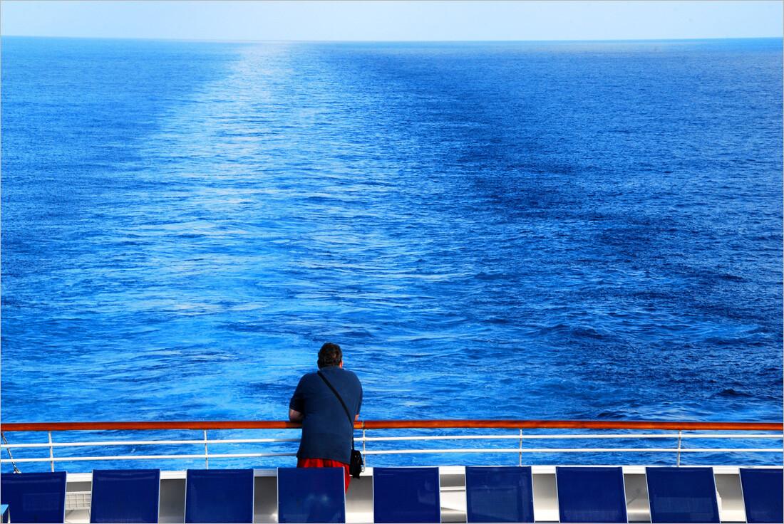 航行在百慕大三角洲的边缘——南加勒比之旅的途中.图片