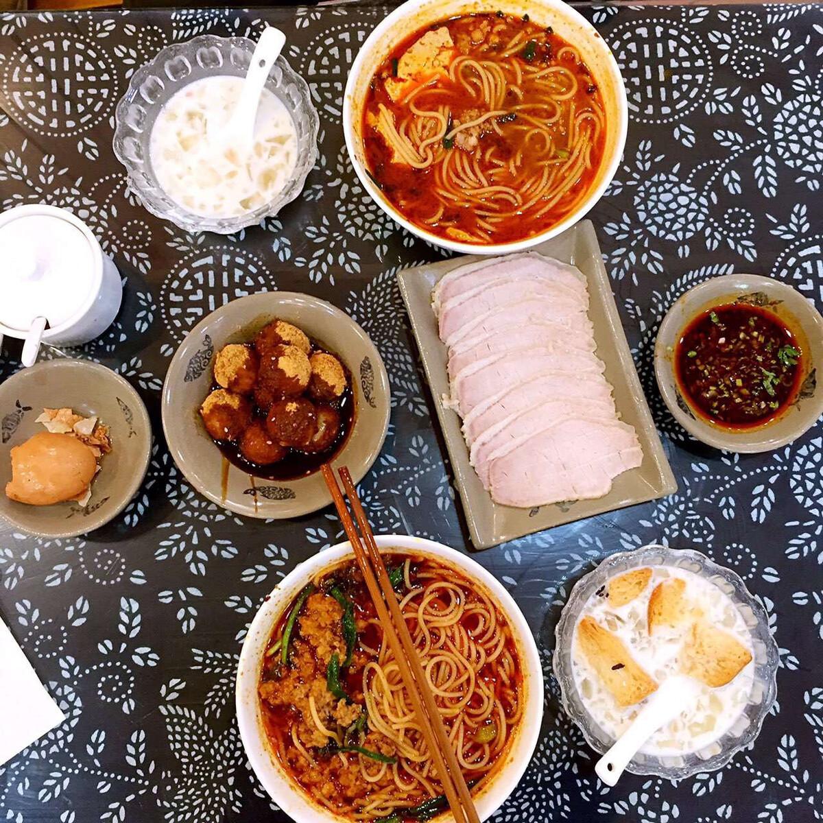 黄山大理必云南吃美食图片