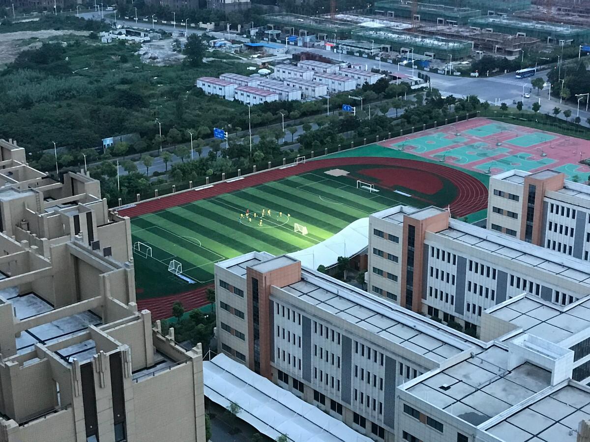 新盛扬州邗江v分校分校太原灯光,打开后放学足球场小学,带领12初中部江苏中图片