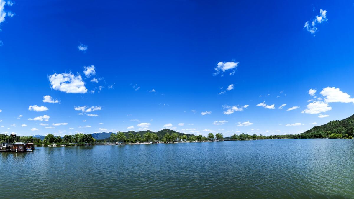 美丽的家乡怀柔,青山绿水,蓝天白云,美景随处可见!