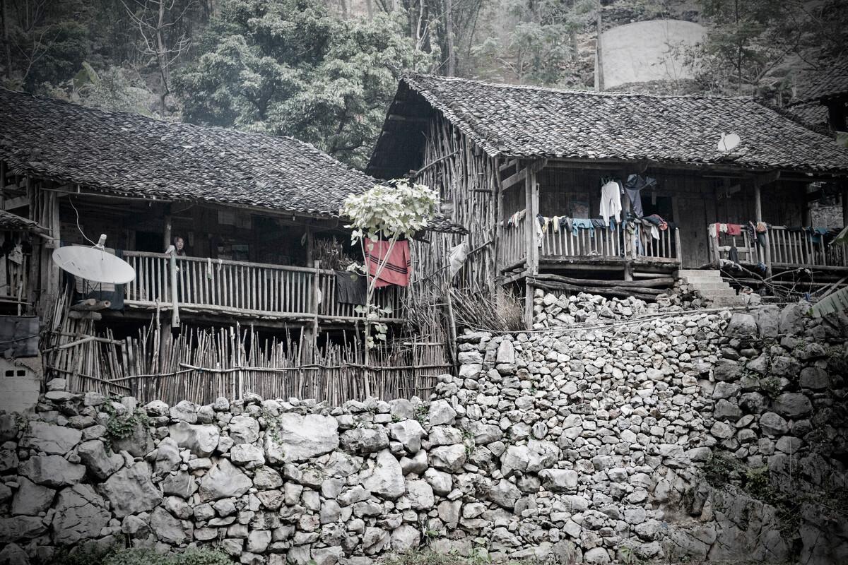 2,广西壮族自治区田东县作登瑶族乡梅林村是瑶族村.图片