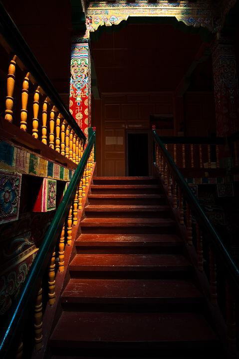 藏族民居 br /> 藏区藏族民居室内装饰图片