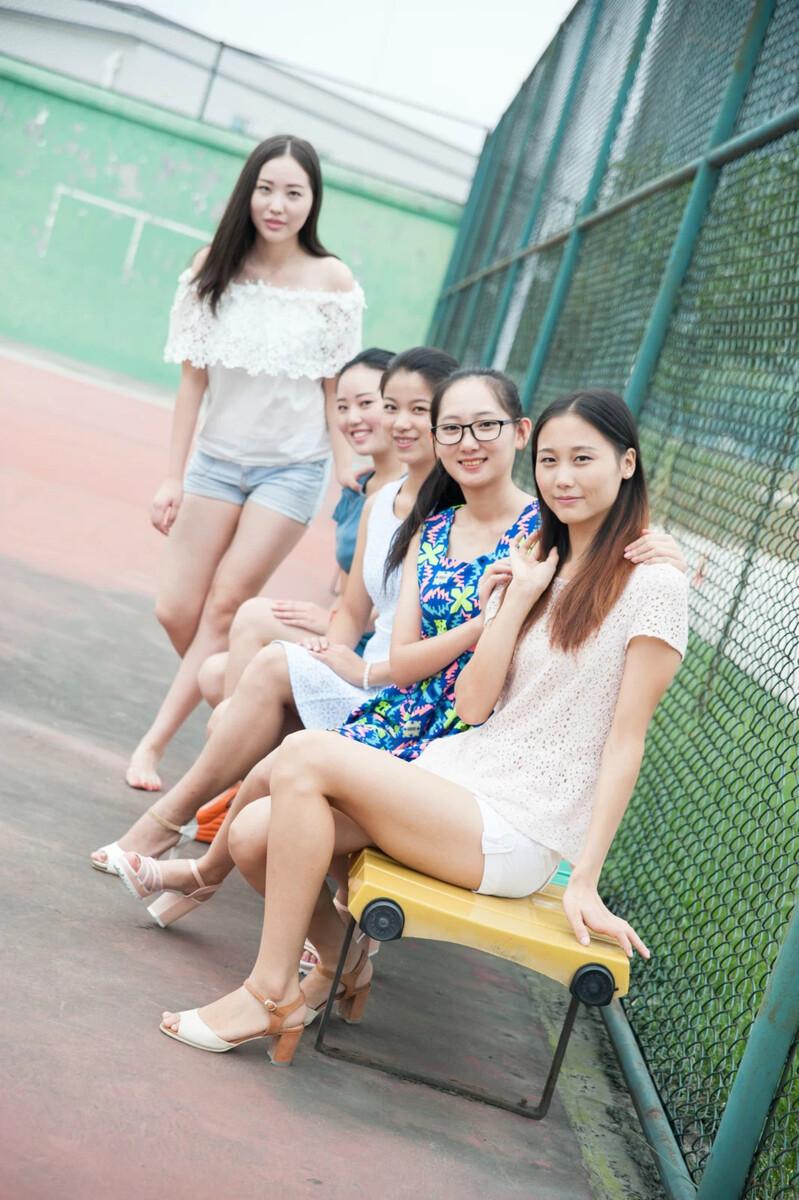 杭州职业学院兼职妹子_成都航空职业技术学院空乘专业妹子
