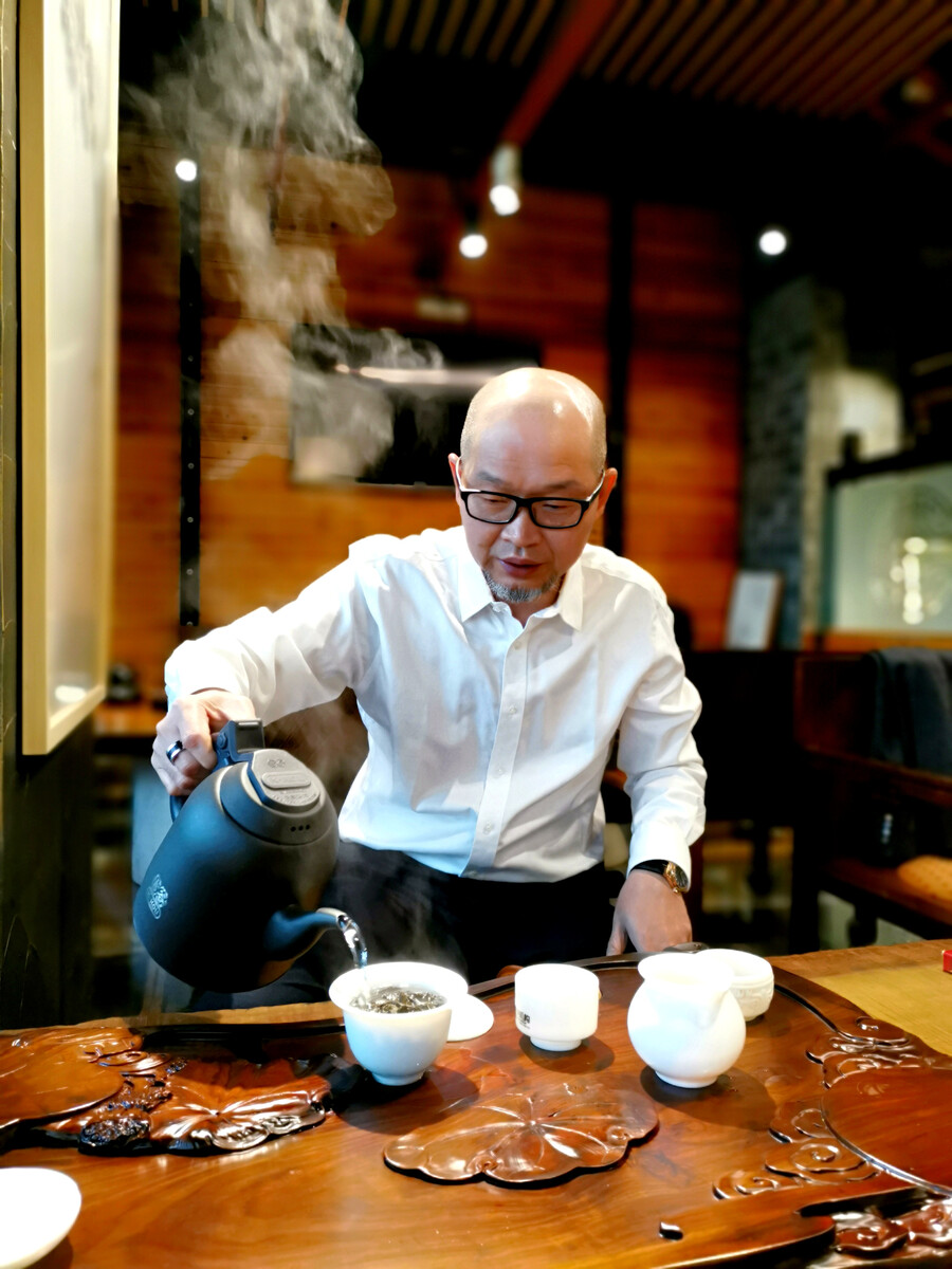 叶斌国广一叶首席设计住房装修设计费一般多少钱图片
