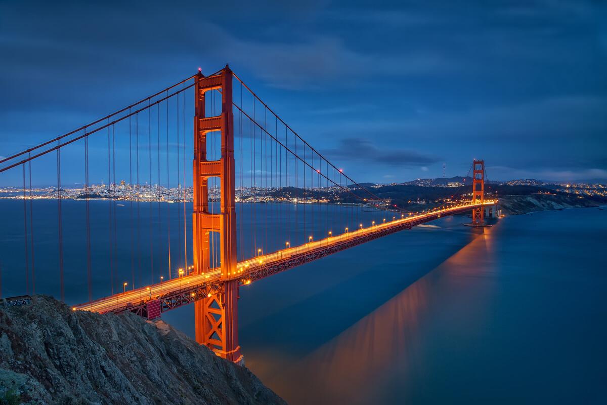 金门桥(golden gate bridge)是世界著名的桥梁之一,也是近代桥梁工程