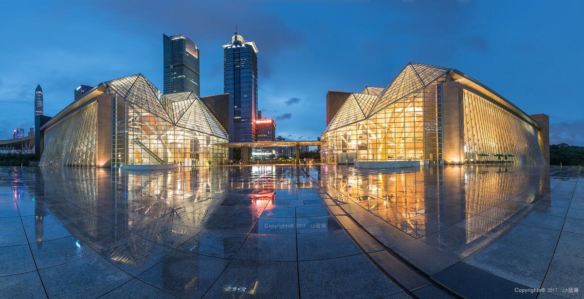 深圳图书馆&音乐厅,充满艺术设计的建筑.雨中拍摄,8张接片.图片