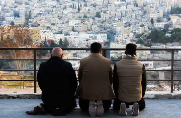 信徒按时祷告
