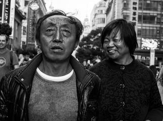 吃瓜群众(7):农村夫妻逛南京路