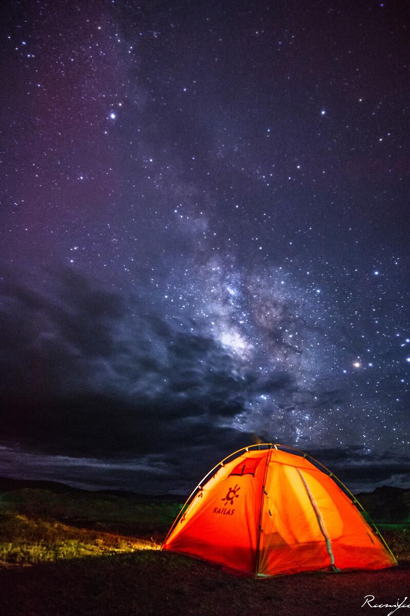 天空之剑<br /> 我的小帐篷和银河