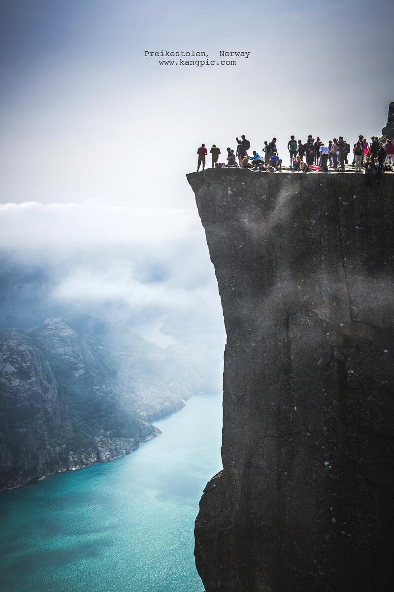 Preikestolen(布道台), Norway.