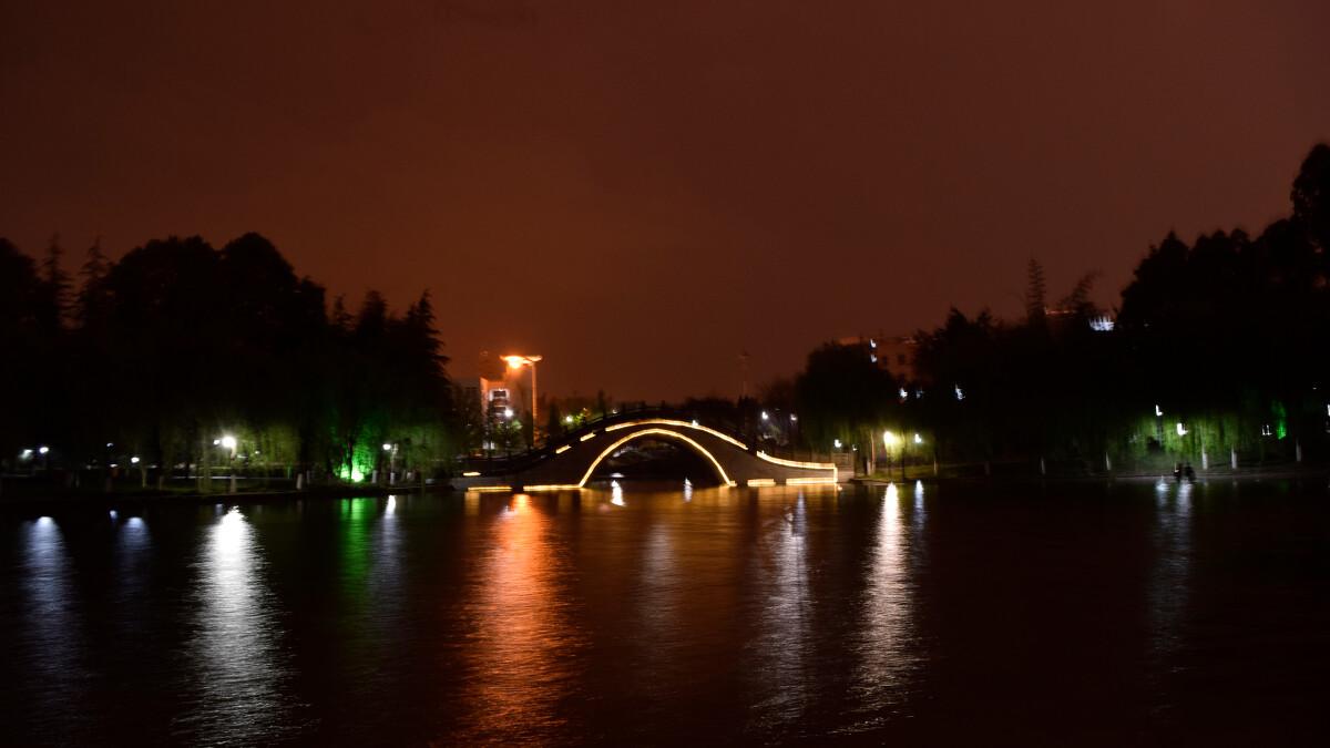 嘤鸣湖未命名桥