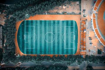 《体育场》