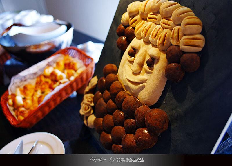 2012年2月8日 马尔代夫 Vilamendhoo<br /> 餐桌上的幽默,生活本该轻松一点