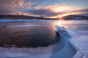 哈拉哈河的冰龙