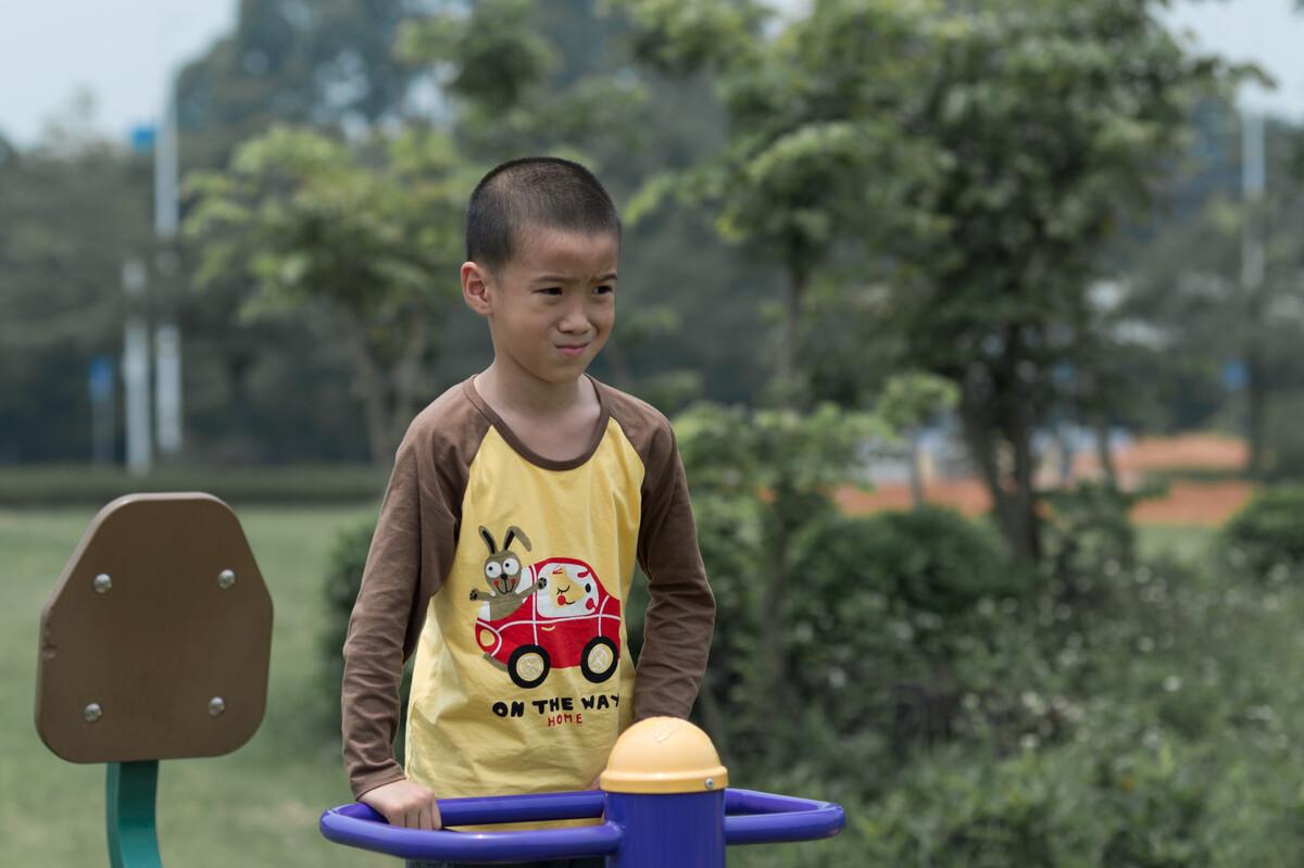 新化50名孤残儿童在福利院里的儿童节