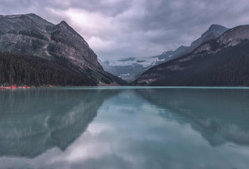 Lake Louise, CA