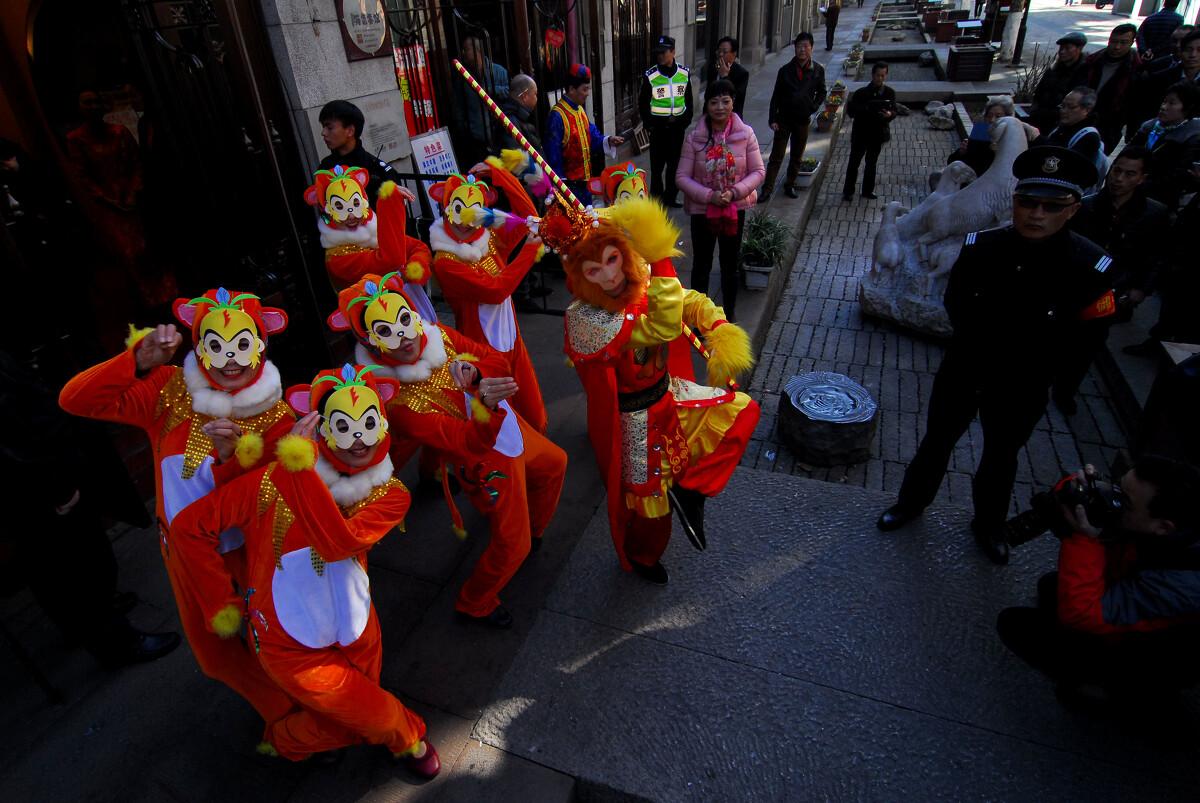 杭州河坊街猴年百家宴热闹举行 - 人文, 纪实