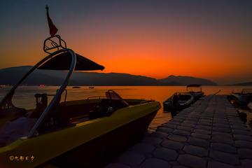 爱琴海畔晚霞醉人