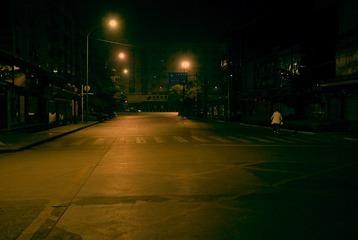 空荡荡的街道