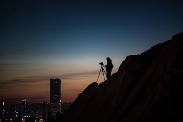 夕阳下的摄影师