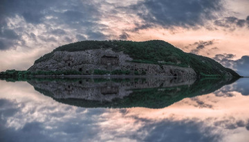 龙门石窟全景图