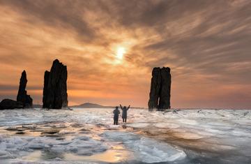 兄弟冰岛沐夕阳