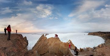 冰封排石湾