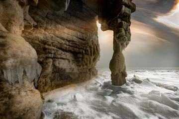 岸冰奇石光影