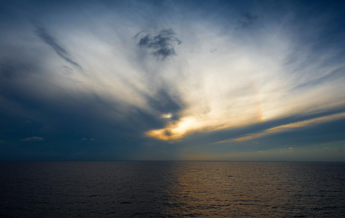 静海吧_《海外游记》太极天象 - 光世界 - 图虫网 - 优质摄影师交流社区