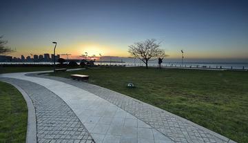 青岛冬日的海滨晨色