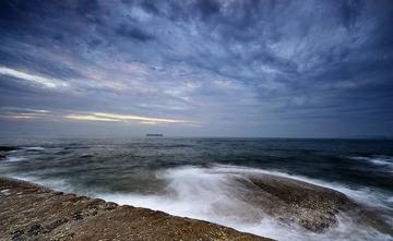 青岛多云的清晨