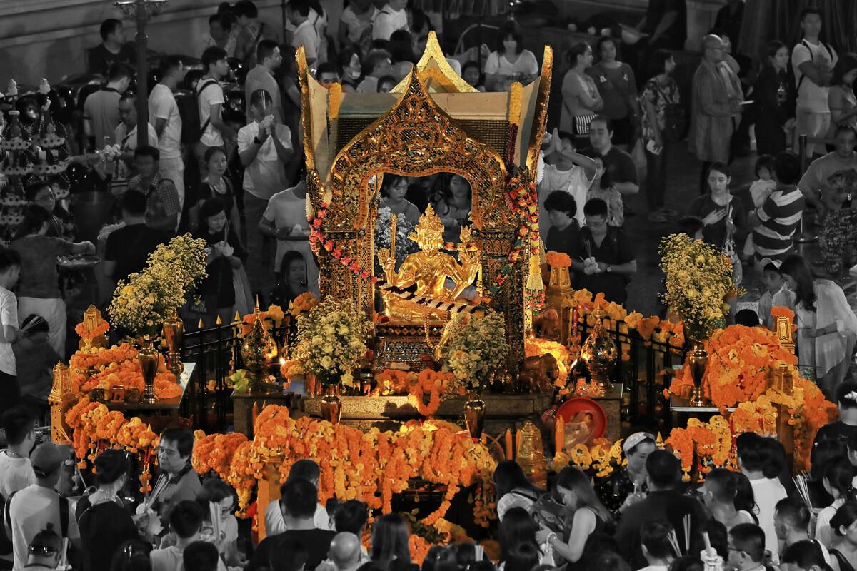 贵阳第十届旅游发展大会启动,快来看传统苗族舞蹈