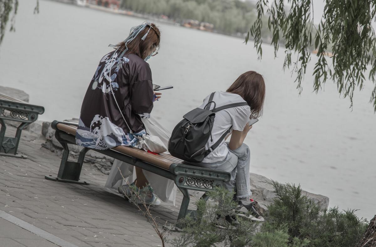 h华人娱乐-北方春季钓鲫鱼技巧汇总,时间天气鱼情等