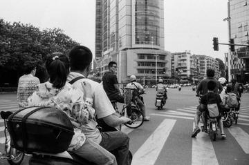 上海路和广州路的路口
