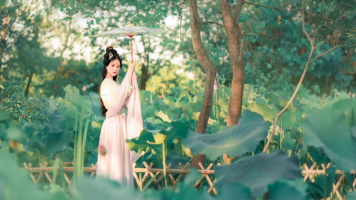 """百家乐手机下载-吕小雨演绎毕业季告白甜心 活力变""""福利美少女"""""""