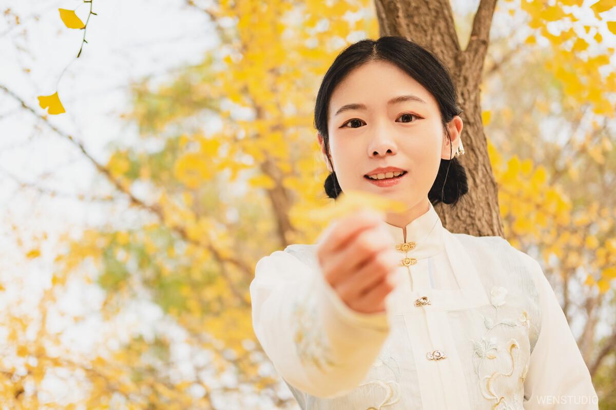 600w娱乐招商-斗鱼钱小佳是谁身份背景揭秘 钱小佳微博个人资料女友照片曝光