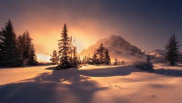 朝阳晨雾落基山 Foggy sunrise in the Rockies