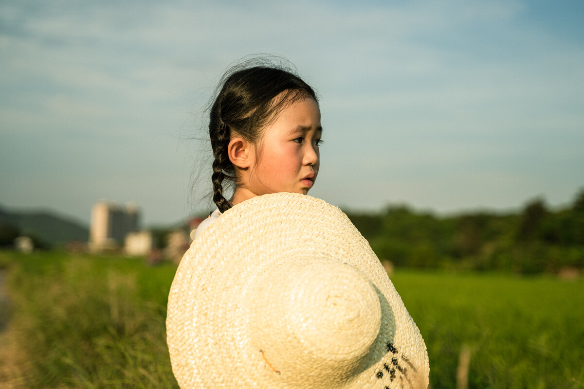 jrs直播体育-浙江一岁女童眼睛被戳穿,这东西你家也有!父母肠子都悔青了_同人志下载