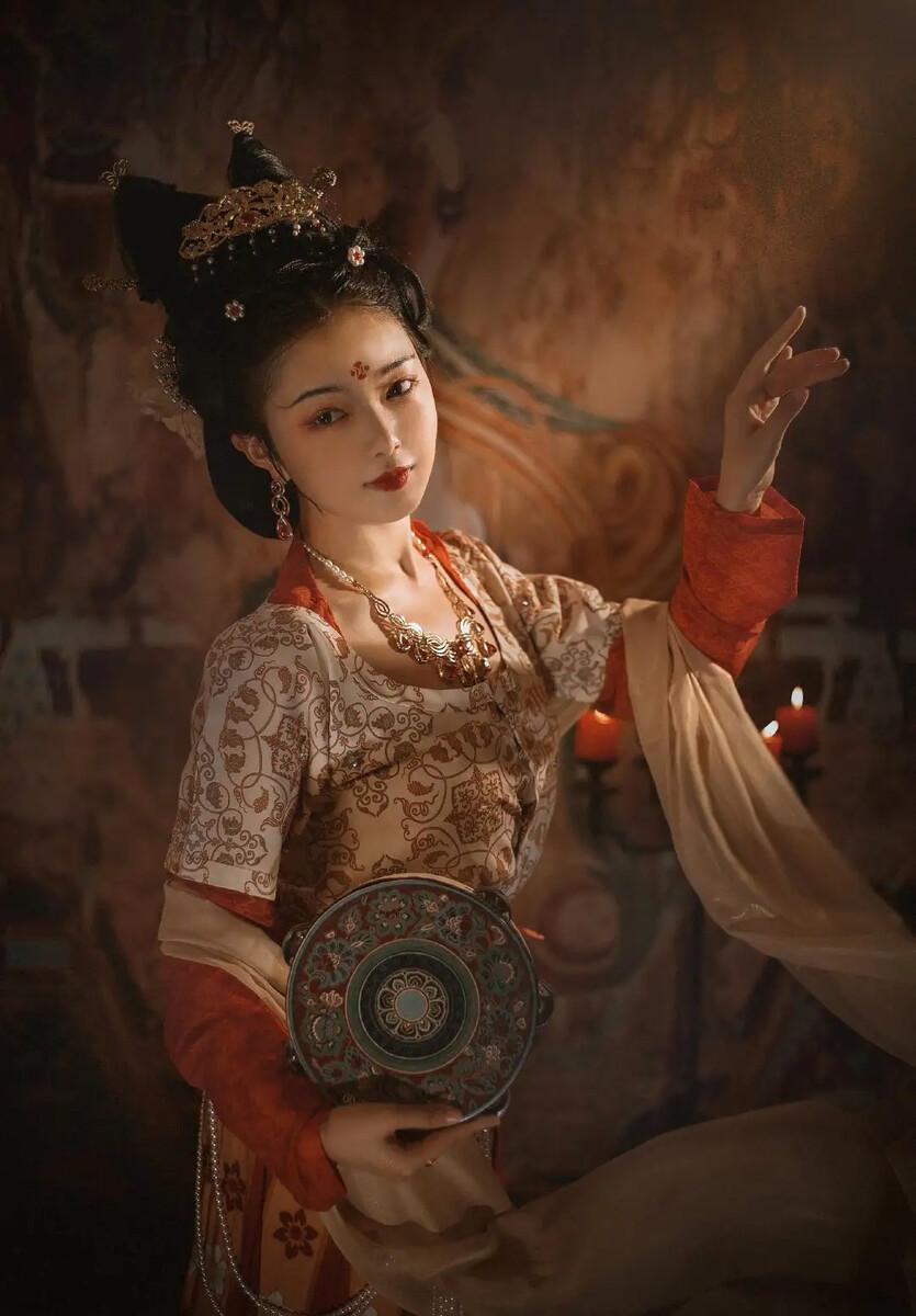 qy88.vip千嬴国际-刘迎春的个人简历