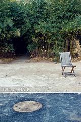 Hole&chair