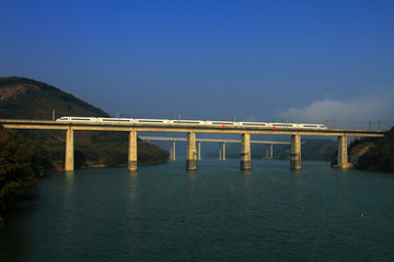 清晨的连江大桥
