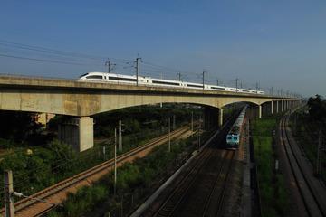 新老京广铁路交汇