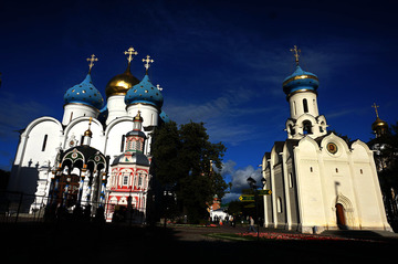 自驾俄罗斯---圣三一修道院