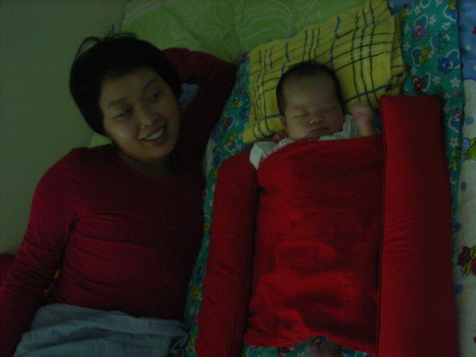 安妮和妈妈<br />